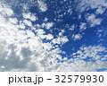 青空と雲 32579930
