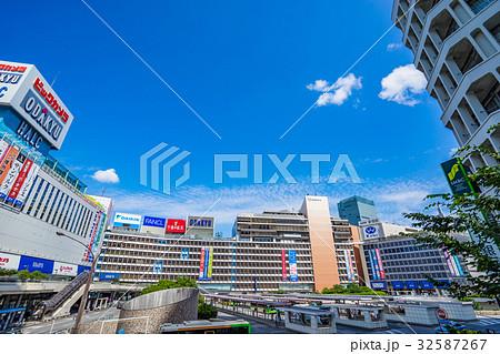 【東京都】新宿駅西口 32587267