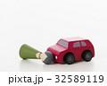 交通事故 正面衝突 車 人形 自動車 白バック 乗り物 乗用車 32589119