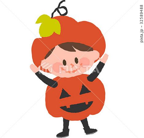 ハロウィンの仮装をした男の子 32589488