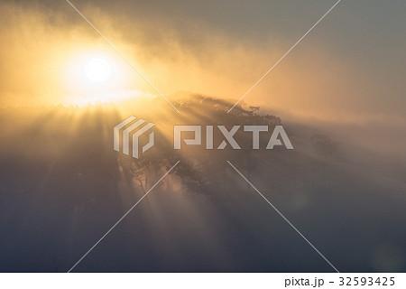 朝霧と太陽8 32593425