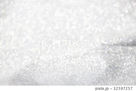 White bokeh background 32597257