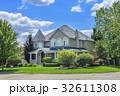 Custom built luxury house in the suburbs of 32611308