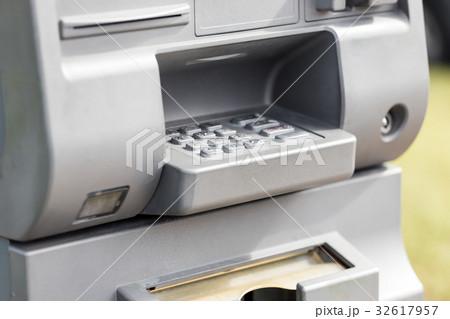 ATM machineの写真素材 [32617957] - PIXTA