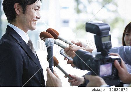 囲み取材 インタビュー 32622676