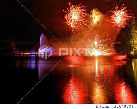 那須高原りんどう湖LAKEVIEWの花火那須高原りんどう湖LAKEVIEWの花火 32649203
