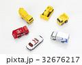 車の模型 32676217