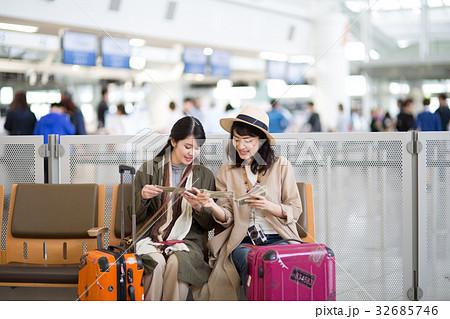 女子旅 空港 32685746