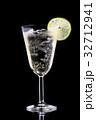 お酒 アルコール カクテルの写真 32712941