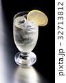 お酒 アルコール カクテルの写真 32713812