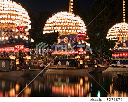 尾張津島天王祭 宵祭 巻藁船(提灯船) 32718744