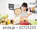 キッチン 料理 小学生 女の子 子供 ライフスタイル 32725233