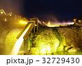 草津温泉の湯畑(夜景) 32729430