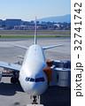 ジャンボジェットと空港 32741742