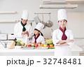 シェフ コック 料理 料理教室 料理 キッチン 女性 32748481