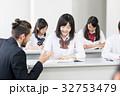 外国人教師 女子高校生 授業の写真 32753479