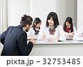 外国人教師 女子高校生 授業の写真 32753485