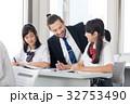 外国人教師 女子高校生 授業の写真 32753490