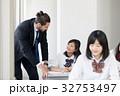 外国人教師 女子高校生 授業の写真 32753497
