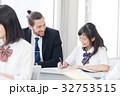 外国人教師 女子高校生 授業の写真 32753515