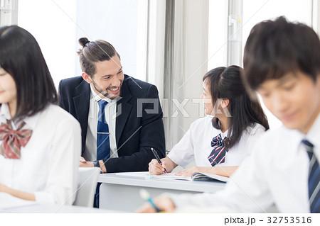 外国人教師 32753516