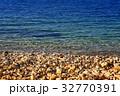 Edge of sea and sand beach 32770391