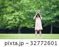 カメラ 撮影 女の子の写真 32772601