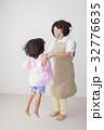 人物 子供 女の子の写真 32776635