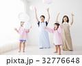 人物 子供 女の子の写真 32776648