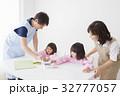 人物 保育園 園児の写真 32777057