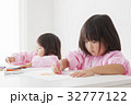 人物 子供 女の子の写真 32777122