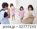 人物 子供 女の子の写真 32777243
