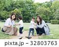 ママ友 母親 育児  32803763