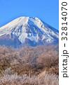 富士山 世界遺産 雪山の写真 32814070