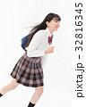 女子高生 女性 人物の写真 32816345