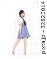 若い女性 ファッション ポートレート 32820014