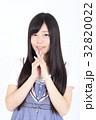 若い女性 ファッション ポートレート 32820022