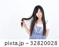 若い女性 ファッション ポートレート 32820028