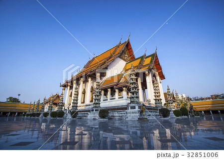 Temple in Thailand 32851006
