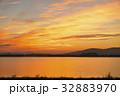 琵琶湖の朝ぼらけ 32883970