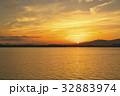 琵琶湖の朝ぼらけ 32883974