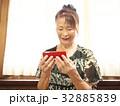 女性 人物 笑顔の写真 32885839