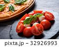 ピザ&カプレーゼ 32926993