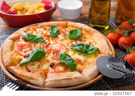pizza 32927167