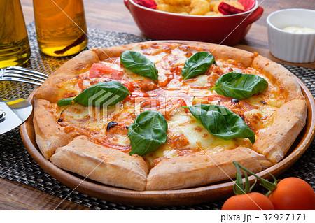 pizza 32927171