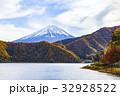 富士山 秋 紅葉の写真 32928522