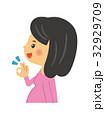 妊婦 マタニティ 女性のイラスト 32929709