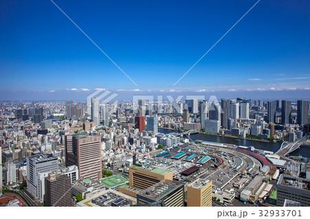高層マンションと高層ビル 32933701