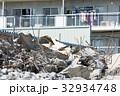 マンションの取り壊し現場 32934748