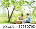 家族 ピクニック 屋外の写真 32980703